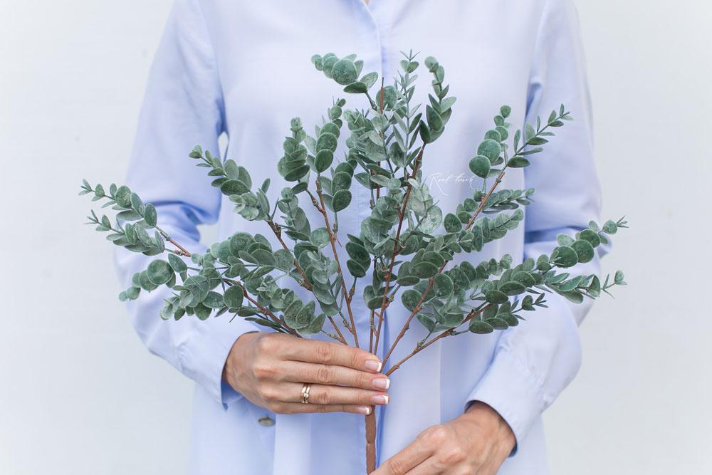 Künstlicher Eukalyptus