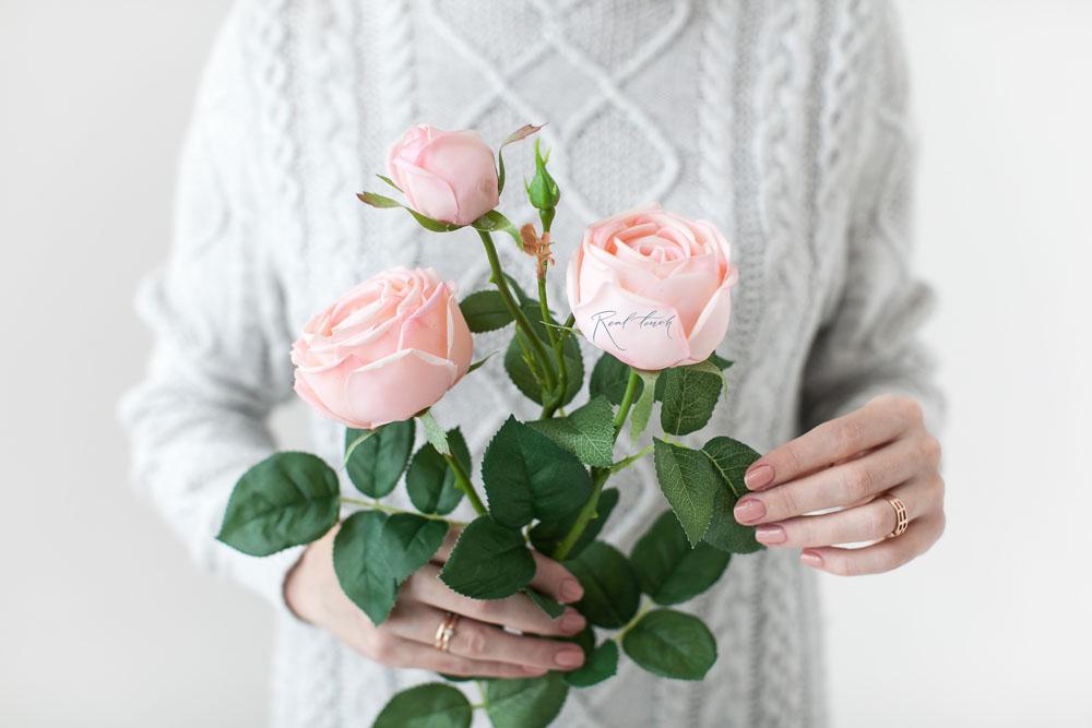 Seidenblume Peony Rose in der Farbe hellrosa
